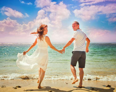 Singapore Honeymoon Tour on a Budget - Flat 40% off