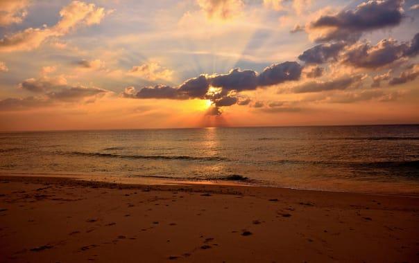 1488203060_beautiful-sunset-lakshmanpur-beach.jpg