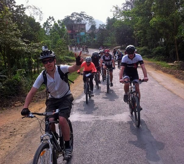 6 Day North Eastern Cycling Tour in Vietnam