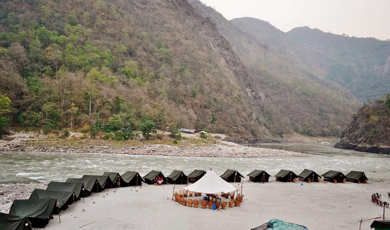 1512732762_1442837684.beach-camp.jpg