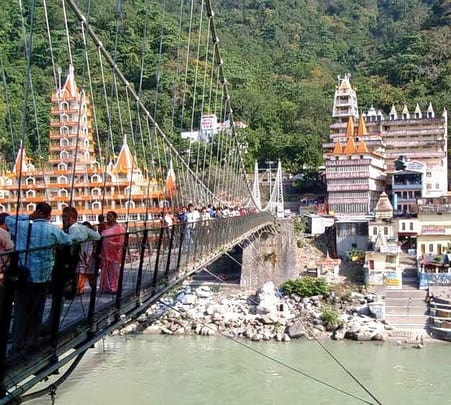 Rent a Guide For Sightseeing in Rishikesh