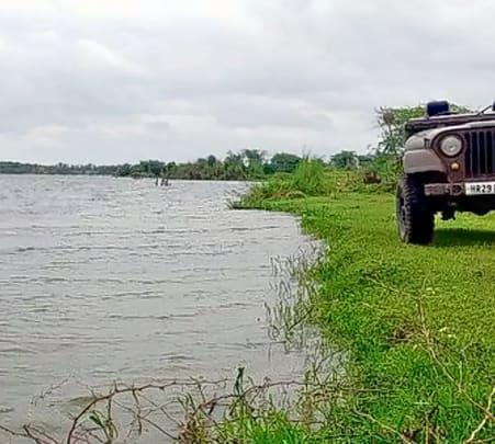 Jeep Safari to Kanota Lake in Jaipur