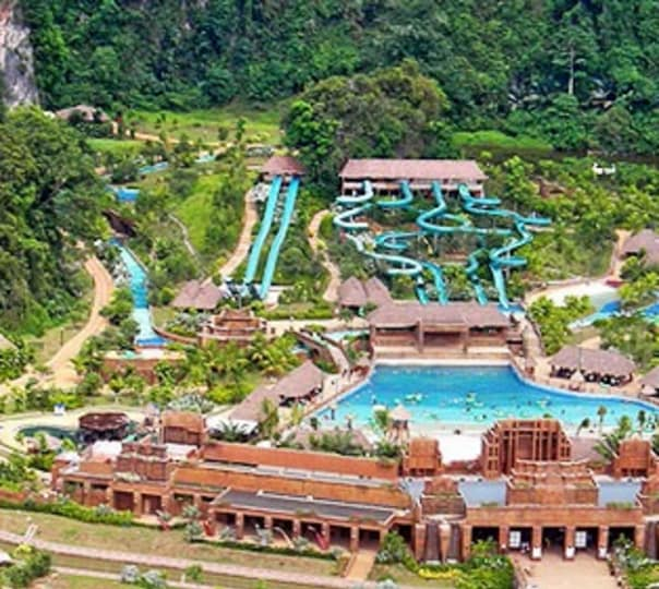 Visit to Lost World of Tambun at Ipoh in Malaysia