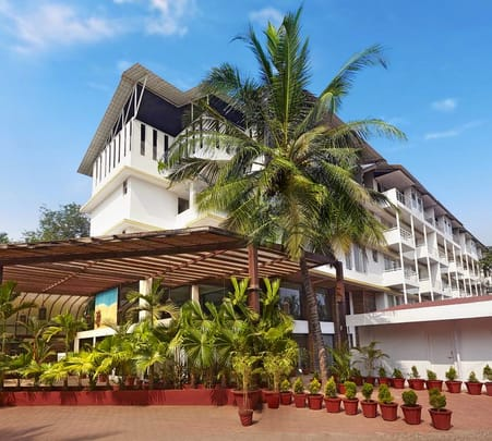 Luxurious Stay at Red Fox Hotel, Morjim Flat 57% off