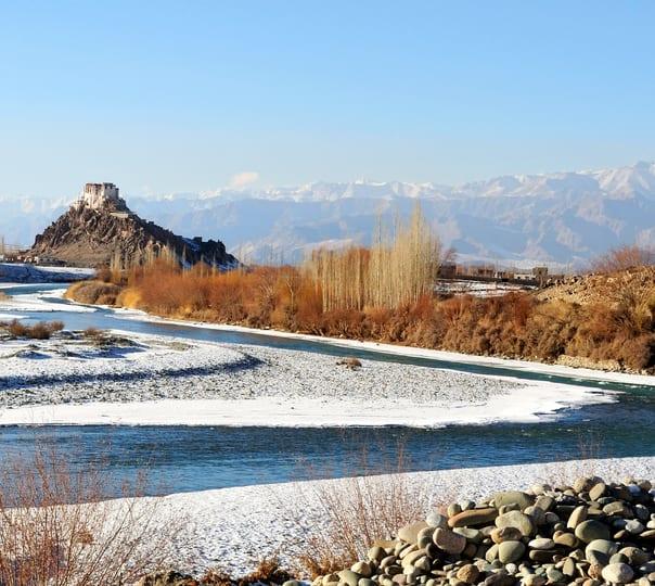 4 Days Leh Ladakh Tour Package with Pangong Lake Camping