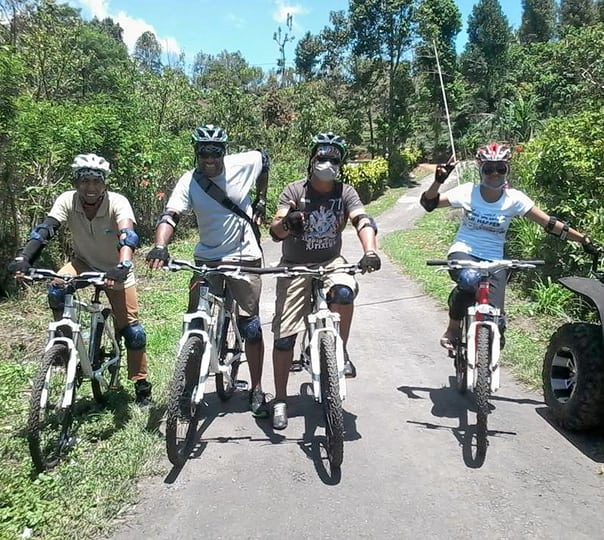 Cycling and 4wd in Munduk Langki in Bali