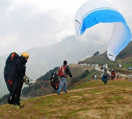 Paragliding Adventure at Bilaspur in Bir Billing