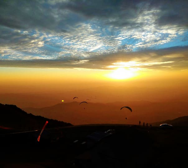 Paragliding with Village Sightseeing at Bir-billing
