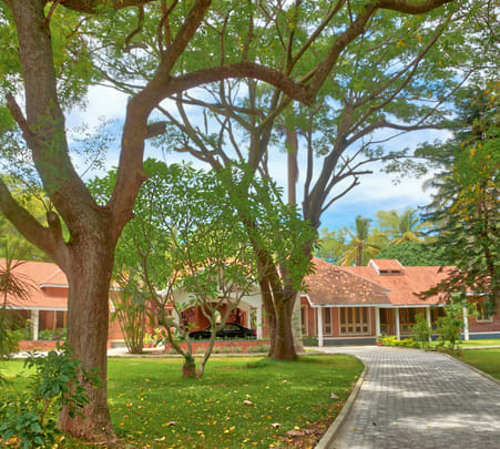 Luxurious Stay Amidst Nature near Mysore