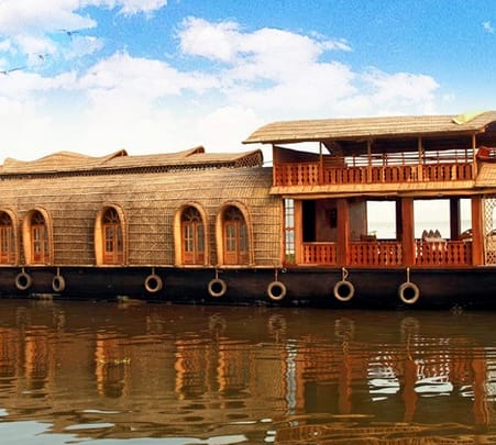 Luxury Houseboat Tour