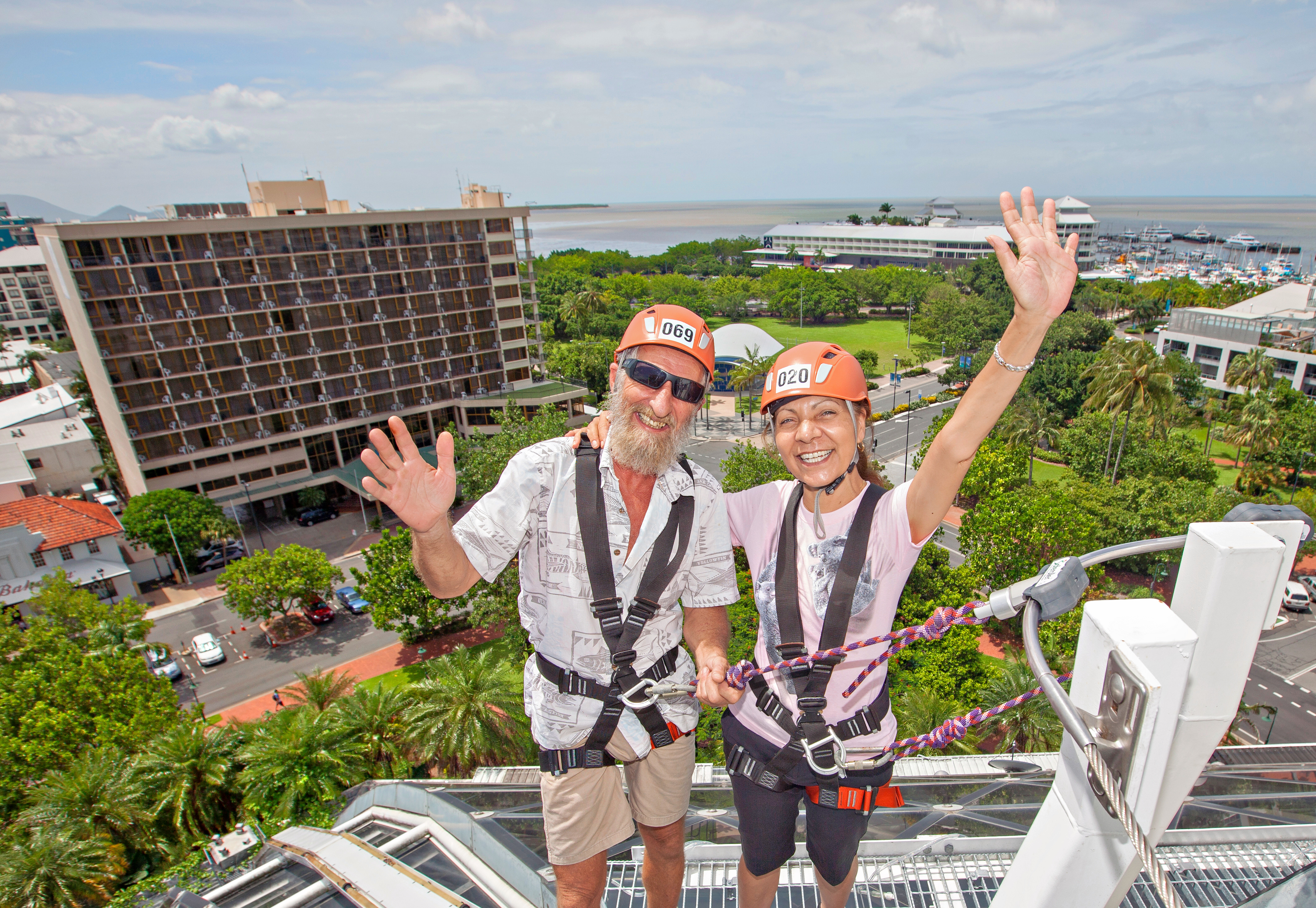 1598940212_cairns_zoom_and_wildlife_dome_domeclimb_mature_(1).jpg
