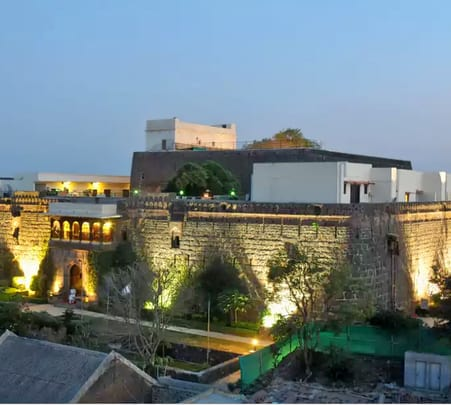 Day Out At Heritage Fort Hotel Flat 18% Off