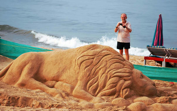 Sand-art-at-beach-chapora-beach.jpg