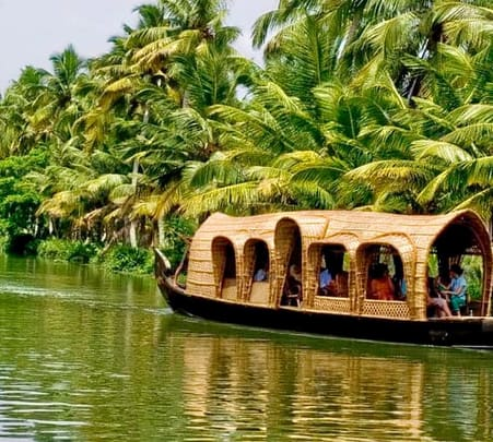 Alleppey Backwaters Day Tour-flat 25% off
