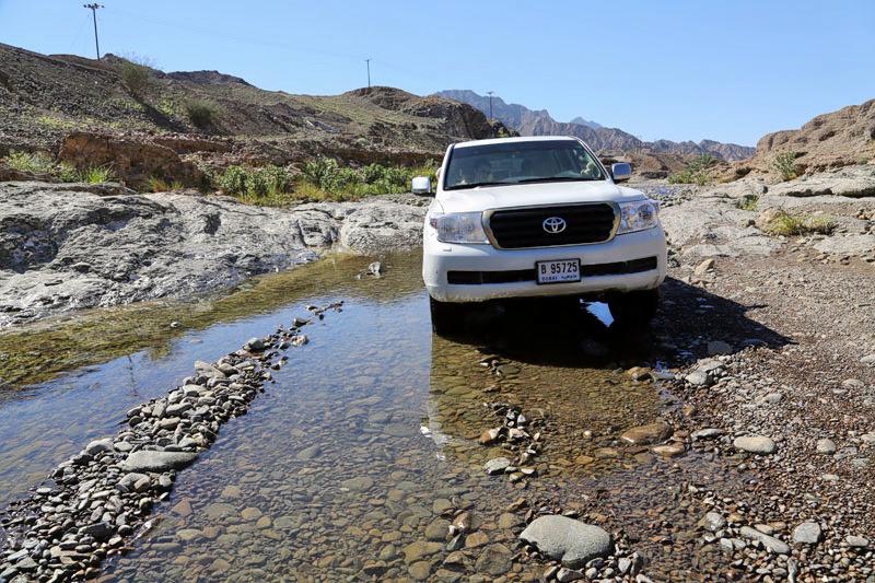 1511269558_hatta-wadi-bashing.jpg