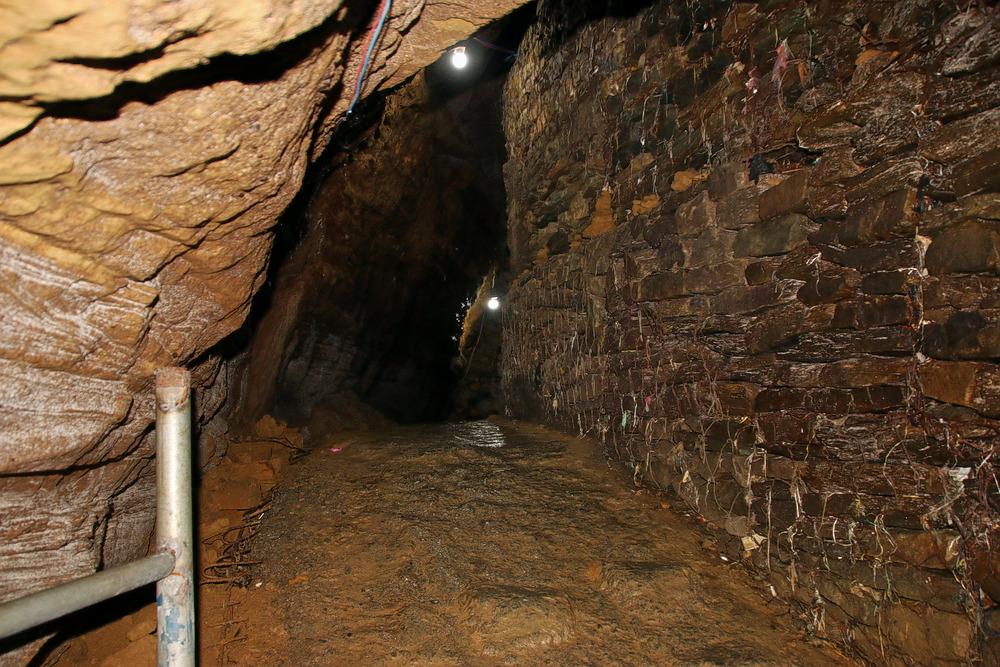 1594634417_gupteshwar_cave1.jpg