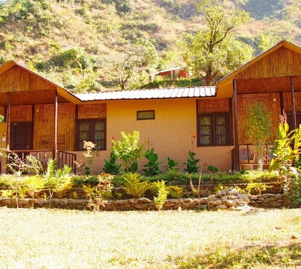 Deluxe Tented Stay at Himalayan Eco Lodges