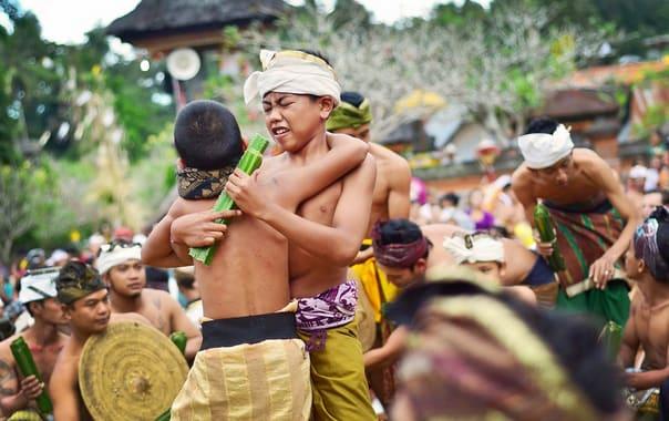 Bali-makare-kare-or-pandan-war.jpg