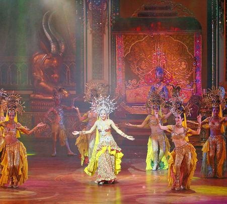 Alcazar Cabaret Show, Pattaya Flat 10% off