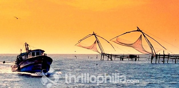 Sunset_view_of_cochin_fishing_nets_kerala.jpg