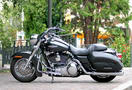 Harley-davidson_road_king_custom_2006.jpg