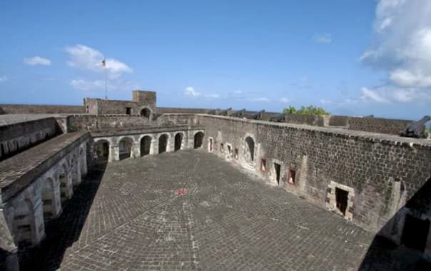 1463569555_brimstone-hill-fortress02.jpg