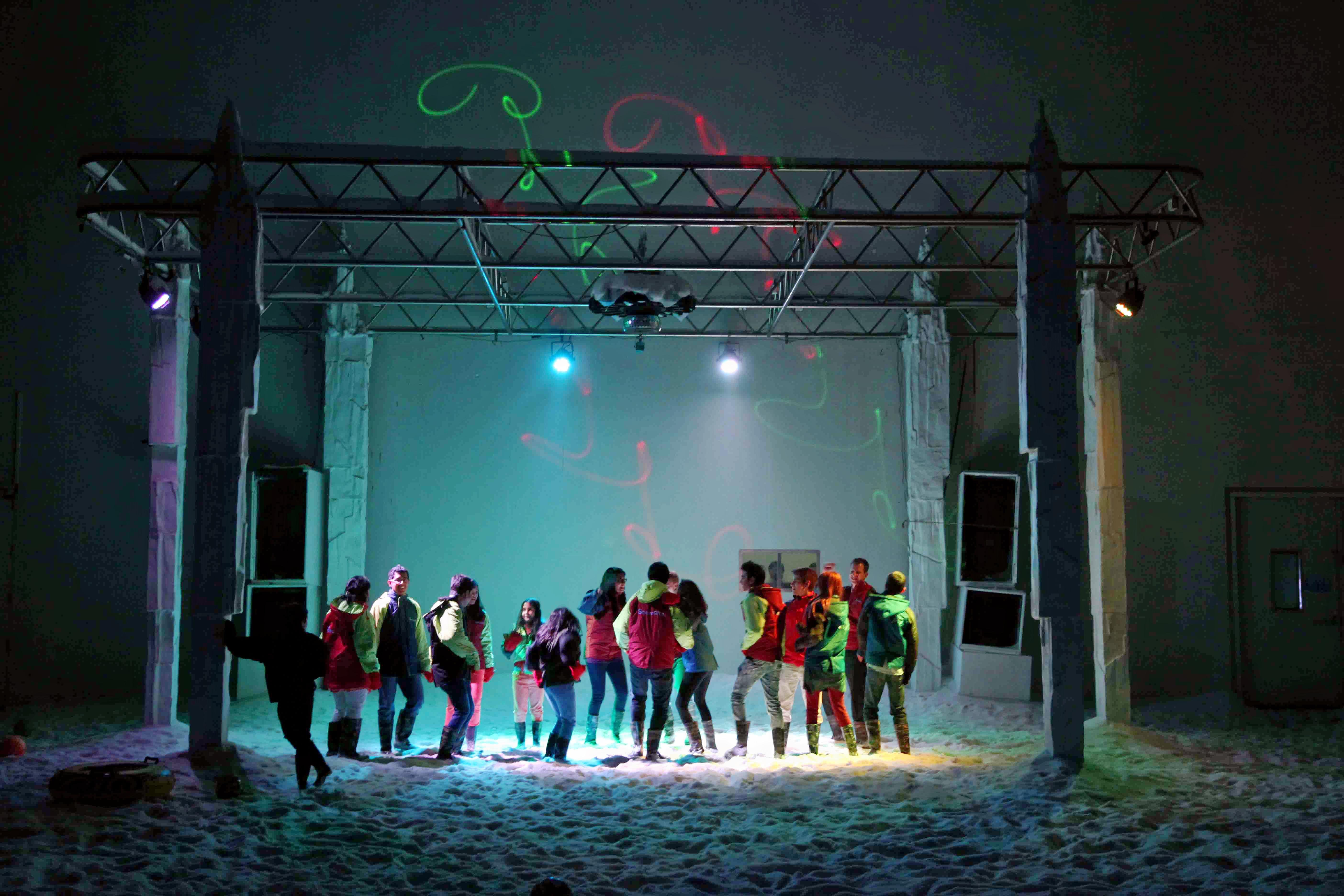 1487833088_snowcity_dance_img.jpg