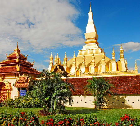 Full Day Sightseeing at Vientiane and Buddha Park in Loas