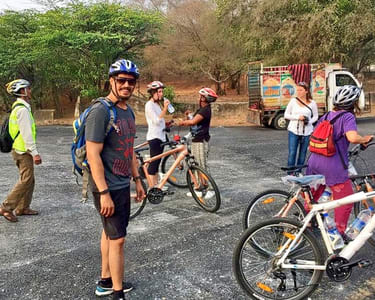 Jaipur Cycling Tour: Explore Pink City on Pedals