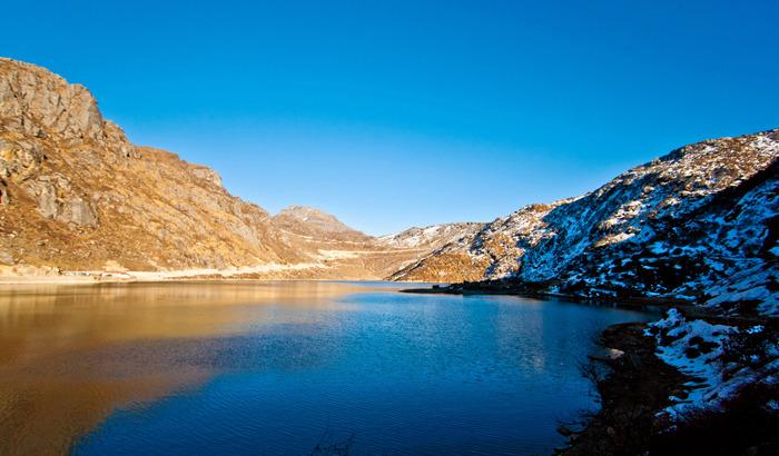 1490613689_tsomgo-lake-pranav-bhasin.jpg