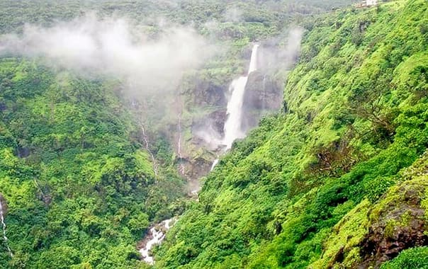 1554288848_lingmala-waterfall-mahabaleshwar-tourism-entry-fee-timings-holidays-reviews-header.jpg.jpg