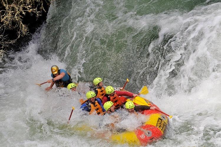 Rotorua-rafting-5.jpg