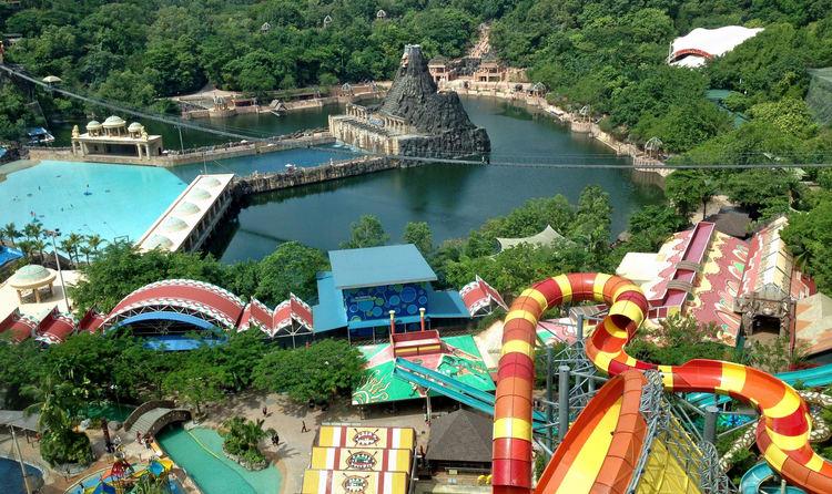 Enjoy rides at Sunway Lagoon Theme Park