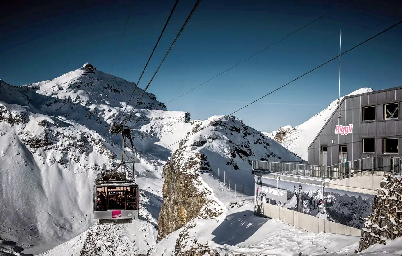 1578479268_schilthorn_round_trip_cable_car_ticket_klook_(1).png