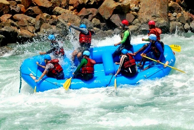 Rafting_gio_1.jpg