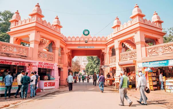 8 Must Things To Do In Varanasi