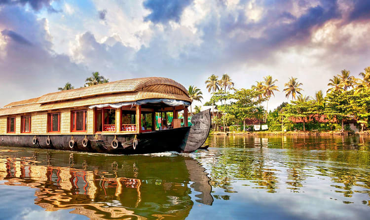 45 Best Kerala Tour Packages - 2019 (With 3800+ Reviews)