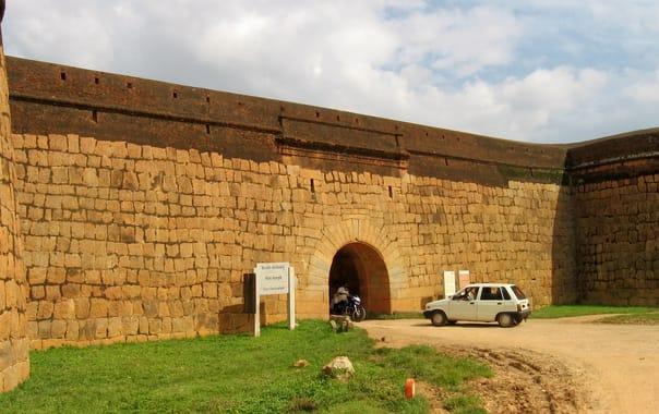 Devanahalli_fort.jpg