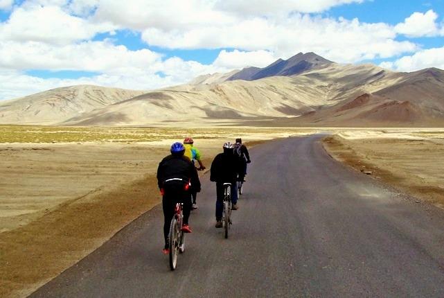 Manali_leh_cycling_gio_2.jpg