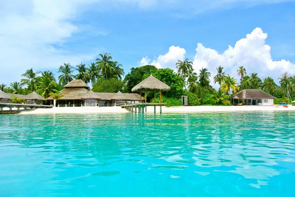 1503066533_maldives_honeymoon_trip_1.jpg