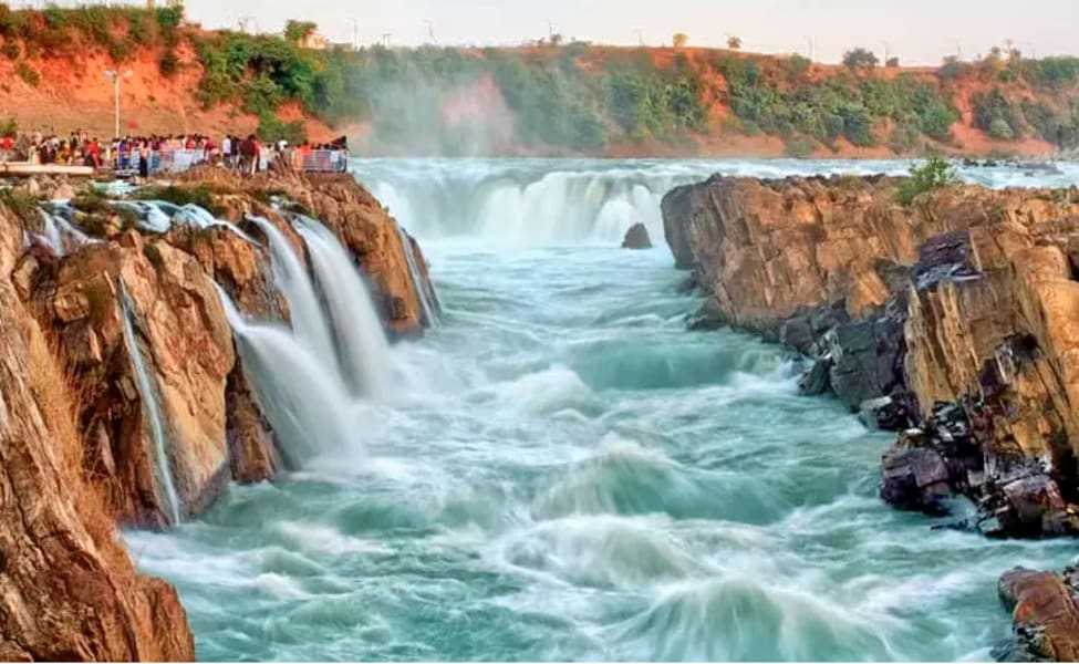 50 Best Tourist Places To Visit In Madhya Pradesh