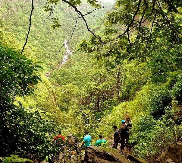 Trek to Arthur's seat in Mahabaleshwar
