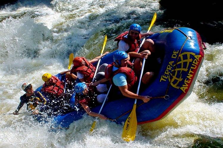Barapole_river_rafting_(1).jpg