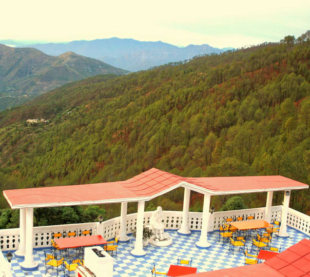 Stay at Tehri Club and Resort