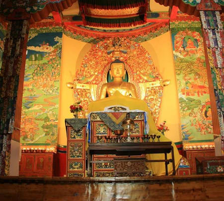 Temple Sightseeing Tour in a Car around Mcleodganj and Dharamshala
