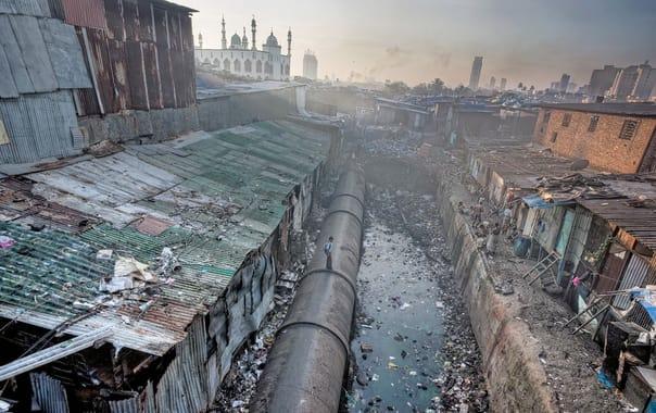 1524229770_dharavi_slum.jpg