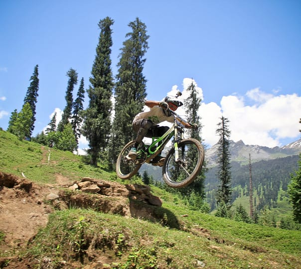 Bir Billing Paragliding and Mountain Biking Adventure Ex Delhi