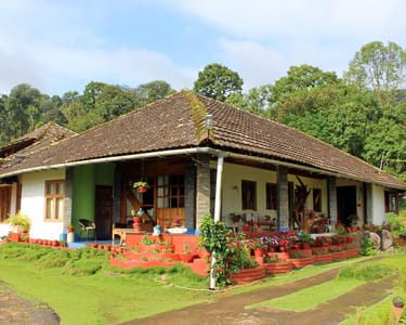 Stay in Old Mansion in Coorg - Flat 25% off