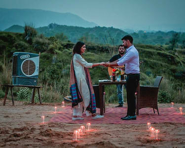 Romantic Candle Light Dinner On Sand Dunes in Jaipur