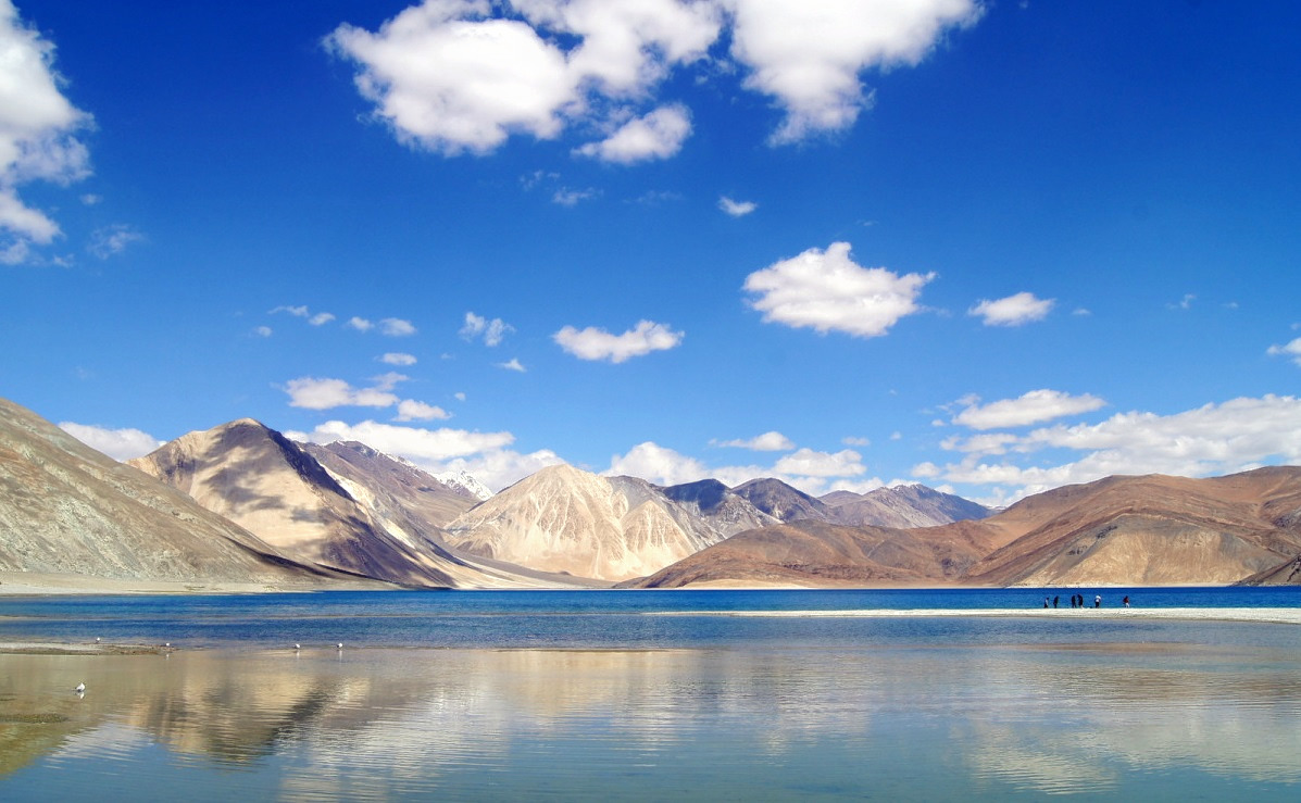 1512369447_leh-ladakh-in-summer.jpg